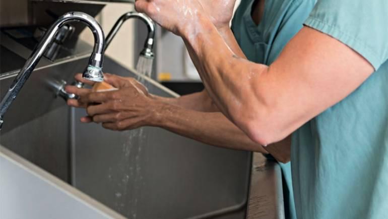 Beneficios de usar Acero Inoxidable en Hospitales